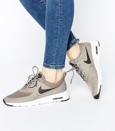 Nike - Air Max Thea - Scarpe da ginnastica grigie € Nike+Air+Max+Thea+Grey+Trainers Plus Zapatillas Nike Air, Zapatillas Casual, Tenis Casual, Air Max Sneakers, Grey Sneakers, Sneakers Nike, Nike Free Shoes, Nike Shoes Outlet, Running Shoes Nike