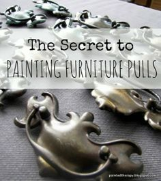 DIY: The Secret To Painting Furniture Pulls - clever & easy way to get a smooth paint finish. DIY: The Secret To Painting Furniture Pulls - clever & easy way to get a smooth paint finish. Diy Furniture Hardware, Dresser Hardware, Furniture Handles, Diy Furniture Projects, Paint Furniture, Furniture Makeover, Kitchen Furniture, Furniture Refinishing, Cabinet Hardware