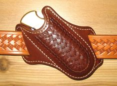 You are viewing a custom built Cross Draw holster for the Buck #110 & #111 folding hunter knives. This Cross Draw holster will also fit exact clones or imitations of the Buck #110 & #111 knives. It must be an exact copy due to the tension required to hold the knife securely in the holster. | eBay!
