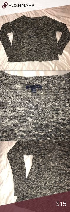 American Eagle Sweater -never worn -black and white, appears a little glittery in light  -smaller fit -scoop neck American Eagle Outfitters Sweaters
