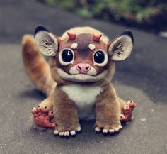 Creative Russian woman Santani creates these ultra-realistic fantasy animal dolls. The creatures are a mix of creepy, cute and amazing. These creepy yet Cute Fantasy Creatures, Cute Creatures, Magical Creatures, Cool Monsters, Little Monsters, Toy Art, Gremlins, Santani Dolls, Art Jouet