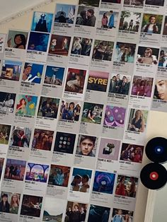 aesthetic bedroom ideas Bedroom Decor For Couples, Room Ideas Bedroom, Room Decor Bedroom, Bedroom Inspo, Dorm Room Tumblr, Tumblr Rooms, Hippy Room, Hippie Room Decor, Boho Decor