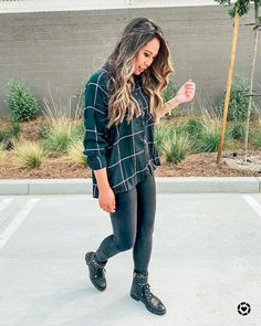 Plaid Shirt Outfits, Cute Casual Outfits, Stylish Outfits, Girly Outfits, Oversized Flannel Outfits, Mom Outfits, Fall Fashion Outfits, Winter Fashion Outfits, Autumn Fashion