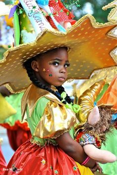 Children Carnival Parade 2013 Rio Carnival, Carnival Costumes, Kids Around The World, People Of The World, Costumes Around The World, Caribbean Carnival, Beautiful Children, St Kitts, Fancy