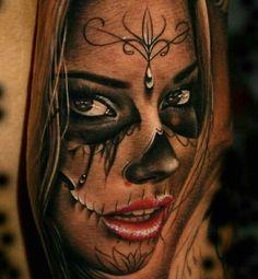 Gorgeous La Catrina tattoo by Szalai Tibor aka Tibi Tattooart. Gorgeous La Catrina tattoo by Tibet Tatars aka Tibi Tattooart. Tattoo Crane, Arm Tattoo, Sleeve Tattoos, Tattoo Flash, La Muerte Tattoo, Catrina Tattoo, Model Tattoos, Body Art Tattoos, La Ink Tattoos