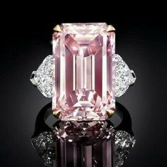 Pure carat pink diamond by Graff Diamonds. Its flawless emerald cut facets mesmerise and captivate with intense perfect beauty. Pink Jewelry, Jewelery, Graff Jewelry, Silver Jewelry, Bijoux Or Rose, Pink Diamond Ring, Pink Diamond Engagement Ring, Bijoux Design, Three Stone Rings