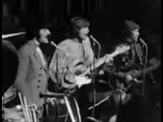 """Another wonderful songof the wonderful band Moody Blues - Tuesday Afternoon יום שלישי אחה""""צ - המודי בלוז"""
