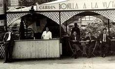 Bonilla y su esposa, en 1932, en su primera barraca en Ferrol
