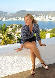 maria-sharapova-at-a-photoshoot-in-acapulco_9.jpg (800×1138)