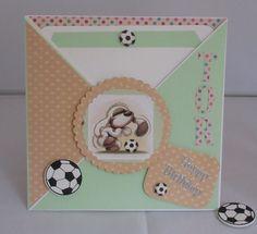 Criss Cross Geburtstagskarte für einen Fussballfan, handgemacht von KartengalerieDoris auf Etsy Happy Birthday, Birthday Cards, Football Fans, Criss Cross, Envelope, Greeting Cards, Etsy, Map, Handmade