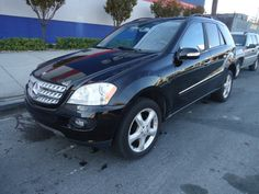 Salvage 2007 MERCEDES ML 500  THIS IS A SALVAGE TITLE VEHICLE WITH NORMAL WEAR. RUNS, DRIVES , NAVIGATION SYSTEM , KEY-LESS GO . For more information and immediate assistance, please call +1-718-991-8888