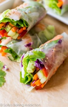Homemade Fresh Summer Rolls with Easy Peanut Dipping Sauce - healthy, adaptable, and make a wonderful light dinner, lunch, or appetizer : Sallys Baking Addiction Vegetarian Recipes, Cooking Recipes, Healthy Recipes, Delicious Recipes, Sauce Recipes, Thai Food Recipes, Easy Thai Recipes, Cooking Corn, Thai Cooking