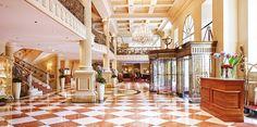 189 € – Wien: Kaiserlich residieren im 5-Sterne-Hotel, -54% -- Mitten in der Altstadt entspannen Sie jetzt im luxuriösen Grand Hotel Wien. Staatsoper und Stephansdom zählen hier zu Ihren Nachbarn. Sie zahlen ab 189 € pro Zimmer und Nacht und sparen bis zu 54 Prozent gegenüber dem Normalpreis.