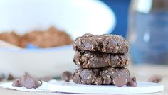 No-Bake Mocha Chocolate Chip Cookies... Have to try these soon!!! :-)