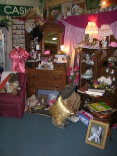 Wander through history, item by item. Beautiful booths, filled with the past, abound at the Brass Armadillo.  (This is Booth # 135) 888-847-5260