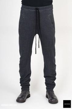 DARTED SLIM PANT