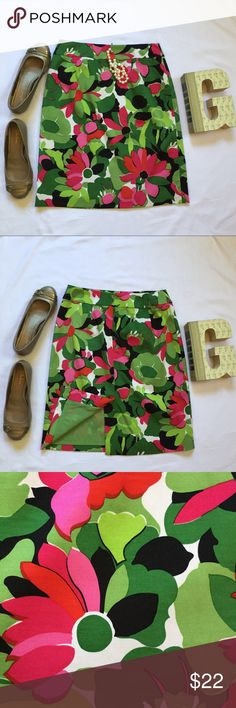"""Talbot's Silk Pink Green Floral Pencil Skirt Silk/cotton/Spandex blend  Fully lined with zipper closure  Pristine, pre-owned condition  13"""" waist, 16.5"""" at the hip, 21"""" top to bottom Talbots Skirts Pencil"""