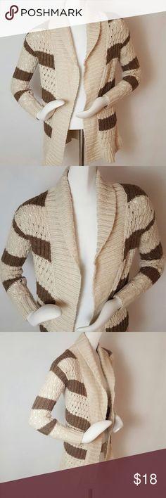 "Aéropostale Open Front Cardigan Aéropostale Open Front Cardigan. Size Small. Super soft and comfortable. Colors: beige, brown. Measurements: 35"" bust, 27"" length. 23"" sleeve length. Aeropostale Sweaters Cardigans"