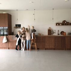 Elevating the Everyday: At Home with Sanne Hop and Family in the Netherlands Kitchen Diner Extension, Open Plan Kitchen, Instagram Stars, Kitchen Interior, Kitchen Decor, Living Etc, Concrete Houses, Piece A Vivre, Cuisines Design