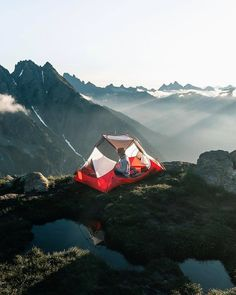 "Camping For Everybody on Instagram: ""Ohhhh🌲😻 Where is this!!?? Wow! ""Love it 😍✨🙌I LOVE CAMPING!!!!!!!!!!! ------------------------------------- 👕🚐🤙 If you want to buy something…"""