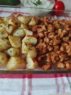 Pieczone ziemniaki z piersią z kurczaka - PrzyslijPrzepis.pl Potato Salad, Potatoes, Chicken, Meat, Vegetables, Ethnic Recipes, Food, Dinner Ideas, Essen