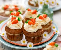 February 3 is National Carrot Cake Day Creative Cake Decorating, Creative Cakes, How To Make Cookies, How To Make Cake, Sugar Cookies Recipe, Cookie Recipes, Homemade Gummies, Spring Desserts, Easter Desserts