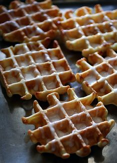 Lemon Waffles | #ParksandRec