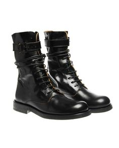 Mens boots, but in a size 38...