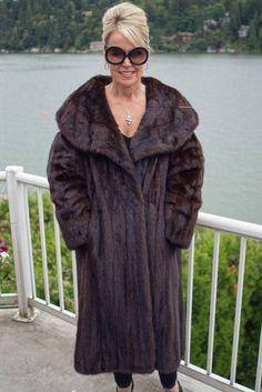 Mahogany Mink Coat Brown FUR Long Jacket M L 884A WOW   eBay