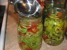 Canning Granny | Pickled Banana Peppers: Recipe looks like it will make a large batch.