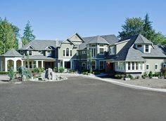 Craftsman Photo Plan #132-182 - Houseplans.com