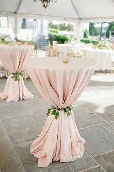 Use Fabric for your wedding decoration ❤ Stoff als wunderhübsche Hochzeitsdekoration