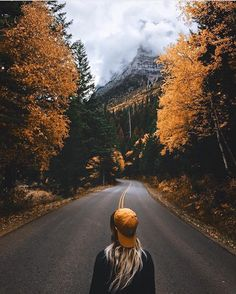Good morning! Where are you headed this fall? Photo by @kylekotajarvi in Glacier.