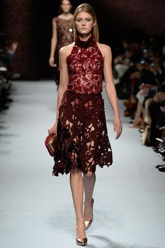 Nina Ricci Autumn/Winter 2014-15 Ready-To-Wear Paris Fashion Week