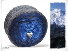 Farbverlaugsgarn vom Zaubergarten, Farbe Blue Mountain / Gradient Yarn vom Zaubergarten, Colour Blue Mountain