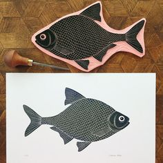 ▲ Brax is a limited edition (100) piece of art made by Viktoria Åström. The English name for this fish is Carp Bream. This picture is hand printed using a hand carved stamp. Each piece of art is signed and numbered on the front. ▲