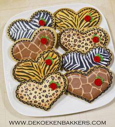 Animal Print cookies for Cookie'sCool   Cookie Connection     http://www.dekoekenbakkers.com/