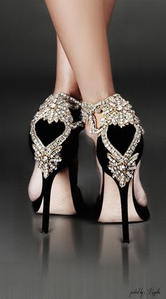 Regilla ⚜ Aminah Abdul-Jillil  Every girl should have a pair of pretty shoes