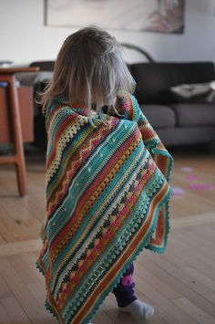 Ravelry: Project Gallery for As-We-Go Stripey Blanket pattern by Hannah Davis