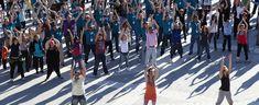 Flash Mob - Creativando - Actividad de Team Building de Exteriores.  #TeamBuilding #Actividad #FlashMob #Eventos #Creativando Team Building, Street View, Flash, Teamwork, Activities, Events