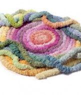 Оригинальный коврик из ткани