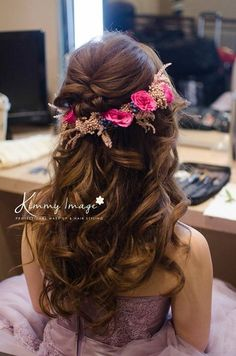 First-Rate Indian Hairstyles Ideas - 4 Brilliant Hacks: Boho Hairstyles Peinados light fringe hairstyles.Updos Hairstyle For Medium Hair - # indian Hairstyles Indian Wedding Hairstyles, Bride Hairstyles, Hairstyles With Bangs, Teen Hairstyles, Black Hairstyles, Hairstyles Pictures, Party Hairstyles, Everyday Hairstyles, Formal Hairstyles