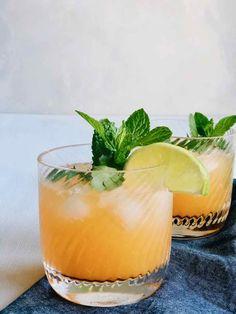 Mocktail recept met crodino, limoen & gember | Made by Ellen Fruit Drinks, Smoothie Drinks, Detox Drinks, Healthy Drinks, Cold Drinks, Healthy Food, Cocktail Drinks, Cocktail Recipes, Party Drinks