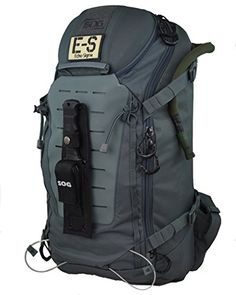 Survival Bug Out Bag - Designed to help you evacuate at a moment's notice and is packed with the essential survival gear to get you to safety. Shop Bug Out Bag! Mochila Edc, Get Home Bag, Seal Pup, Go Bags, Bug Out Bag, Roadtrip, Tactical Gear, Tactical Backpack, Backpacker