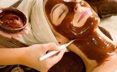 ΑΝΤΙΓΥΡΑΝΤΙΚΗ ΘΕΡΑΠΕΙΑ ΜΕ ΓΑΛΑ ΚΑΙ ΚΑΚΑΟ !! ΘΕΑΜΑΤΙΚΑ ΑΠΟΤΕΛΕΣΜΑΤΑ !! Chocolate Facial, Chocolate Face Mask, Homemade Chocolate, Diy Beauty Treatments, Body Treatments, Face Scrub Homemade, Homemade Facials, Beauty Case
