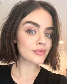 Super natural rosey peachey eyes nude pink lip soft glam - June 15 2019 at Bob Haircut For Round Face, Round Face Haircuts, Haircut Short, Lucy Hale Makeup, Hair Inspo, Hair Inspiration, Best Bob Haircuts, Pink Lips, Hair And Beauty