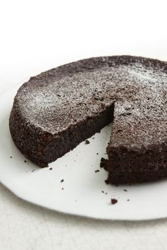 My Chocolate Olive Oil Cake is 1) easy to make; 2) delicious; 3) gluten free and 4) dairy free - Chocolate Olive Oil Cake - Nigella Lawson