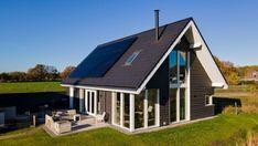 Solar Panels, House Design, Outdoor Decor, Modern, Home Decor, Sun Panels, Trendy Tree, Decoration Home, Solar Power Panels