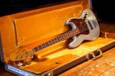 Fender Custom Shop '64 Jazz Bass Inca Silver - Max Guitar Store