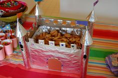 Castle crafts on Pinterest | Princess Castle Cakes, Princess ...